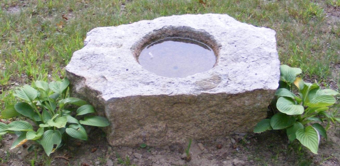 New England Fieldstone Stone Basins